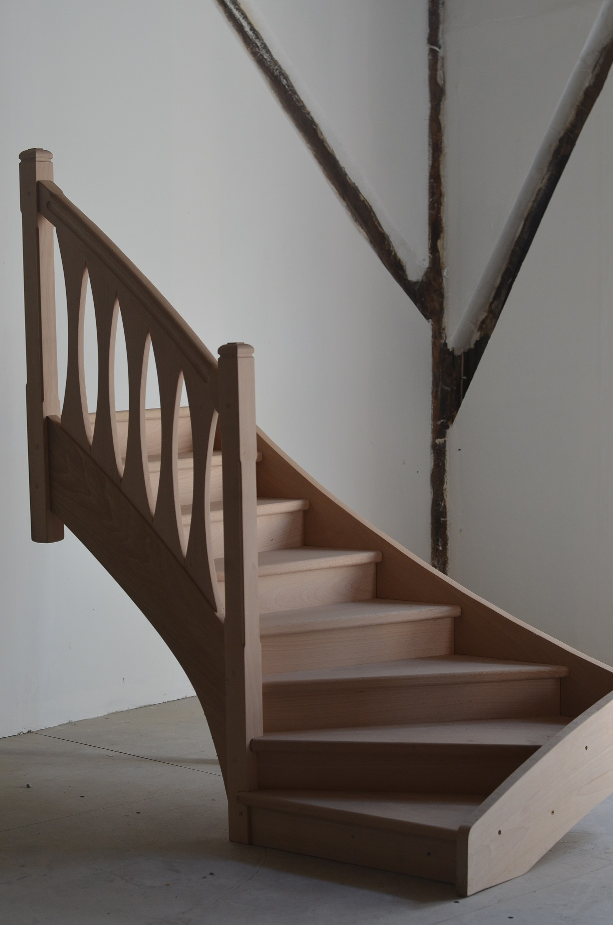 Escalier quart tournant, balustres design
